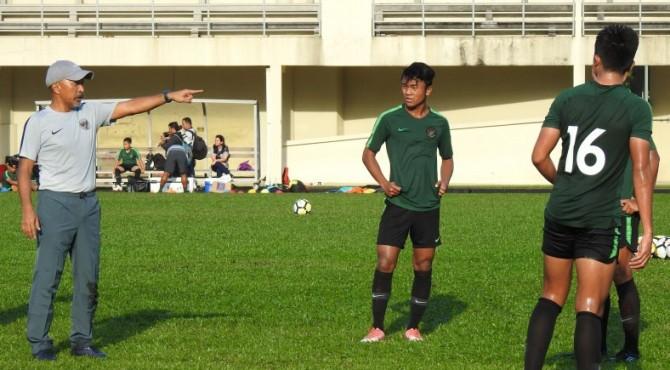 Hai trụ cột U16 Indonesia bỏ ngỏ khả năng ra sân trước U16 Việt Nam vì chấn thương - Ảnh 1.