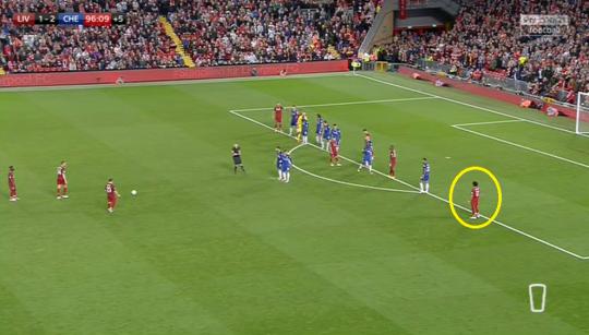 Hé lộ lý do Jurgen Klopp hùng hổ lao vào sân quát nạt học trò sau trận thua Chelsea - Ảnh 2.