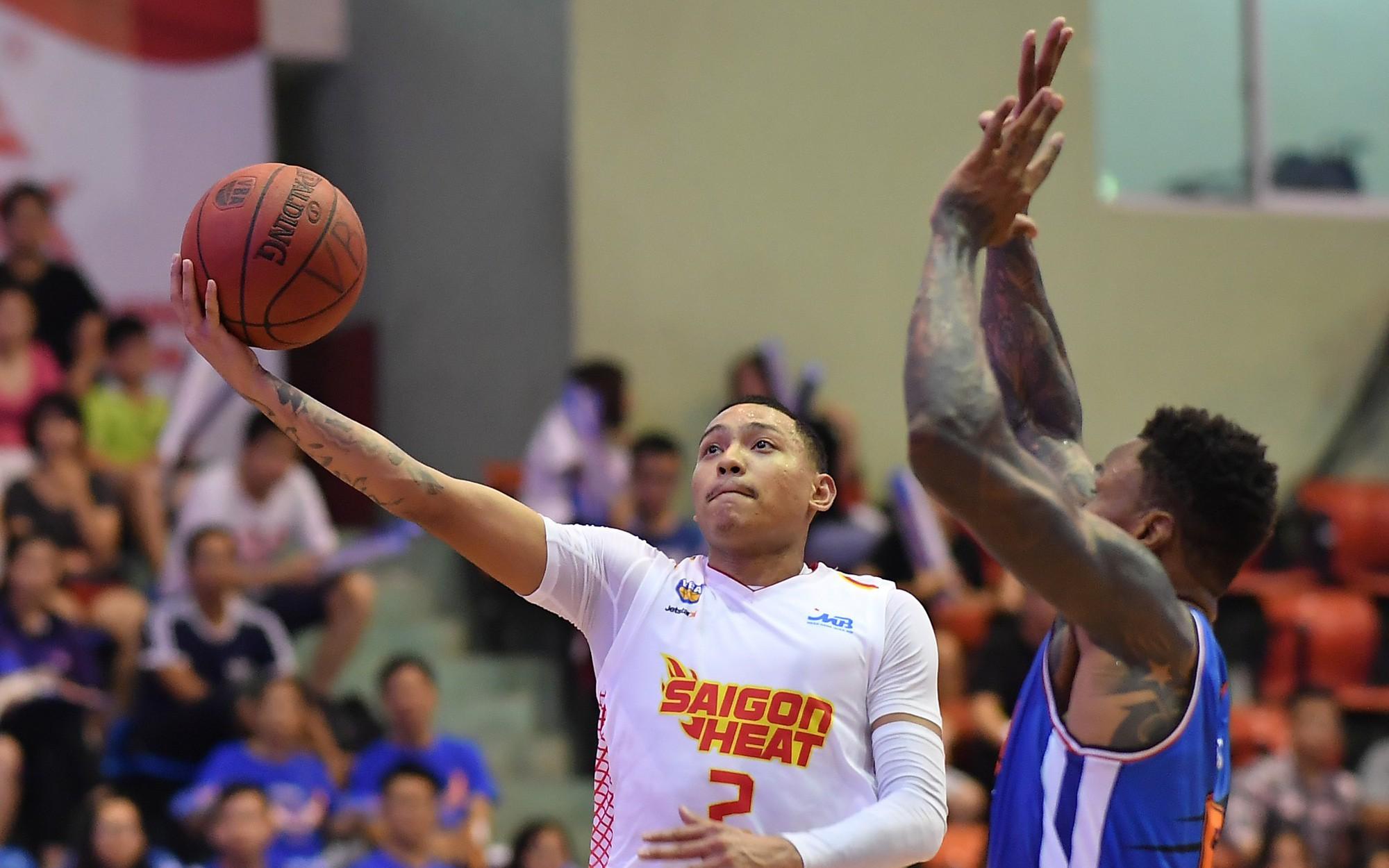 Đội tuyển bóng rổ Việt Nam vẫn rộng cửa đón chào Richard Nguyễn tại SEA Games 30