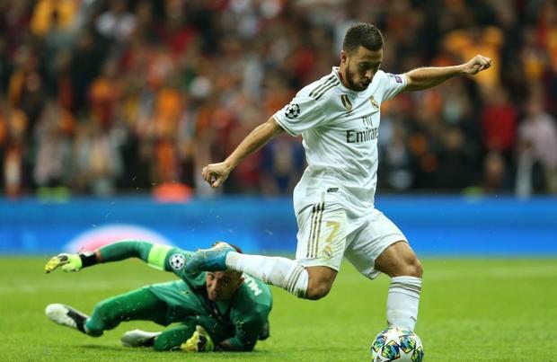 Courtois hóa người nhện, Real Madrid lần đầu hưởng niềm vui chiến thắng tại Champions League mùa này - Ảnh 6.