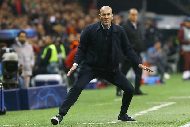 Courtois hóa người nhện, Real Madrid lần đầu hưởng niềm vui chiến thắng tại Champions League mùa này - Ảnh 8.