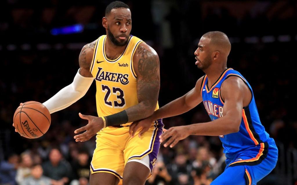 NBA 19-20: LeBron James lập kỷ lục khó tin trong ngày đại thắng của Los Angeles lakers