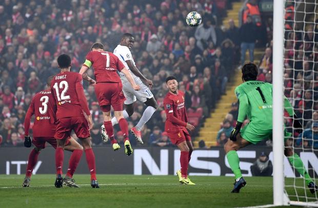 Bệnh binh tiếp tục tỏa sáng, Liverpool hưởng niềm vui nhân đôi trong đêm Anfield đáng nhớ ở Champions League - Ảnh 5.