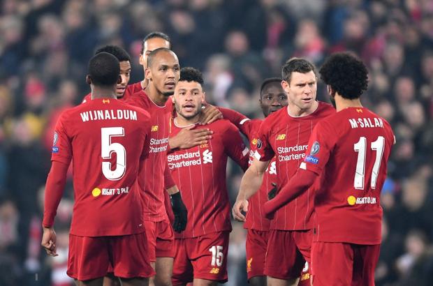 Bệnh binh tiếp tục tỏa sáng, Liverpool hưởng niềm vui nhân đôi trong đêm Anfield đáng nhớ ở Champions League - Ảnh 8.