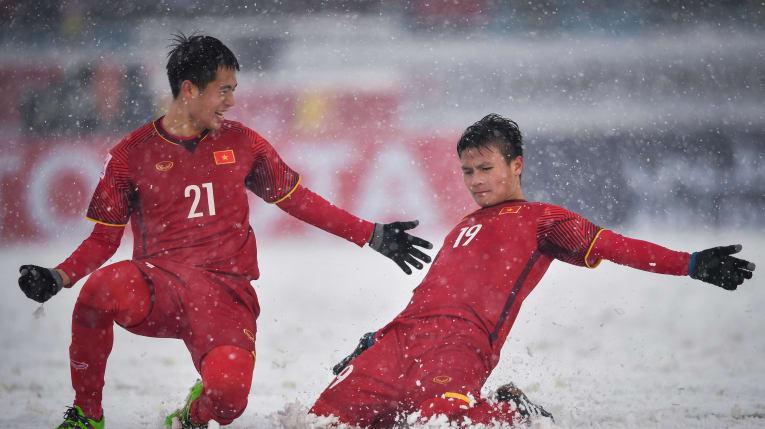 Siêu phẩm cầu vồng trong tuyết của Quang Hải bị bỏ xa ở cuộc bầu chọn bàn thắng biểu tượng VCK U23 châu Á - Ảnh 3.