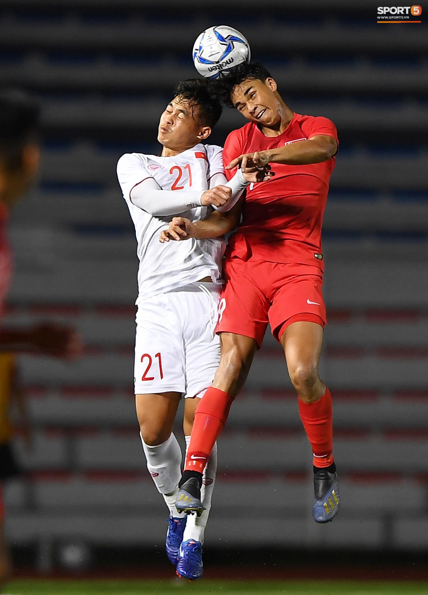 Bất ngờ với proflie của Nguyễn Đức Chiến - của hiếm U23 Việt Nam: Sinh viên Đại học Kinh tế Quốc dân, sở hữu body 6 múi lại được tiếng hiền lành - Ảnh 6.