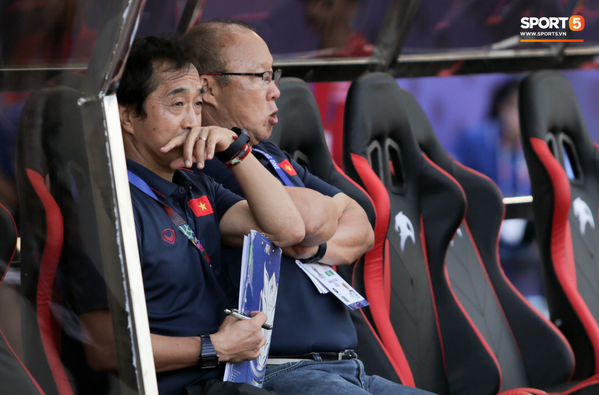 HLV U22 Thái Lan chủ động sang bắt tay thầy Park, hẹn phân thắng bại ở trận tiếp theo sau 3 lần toàn hoà - Ảnh 5.