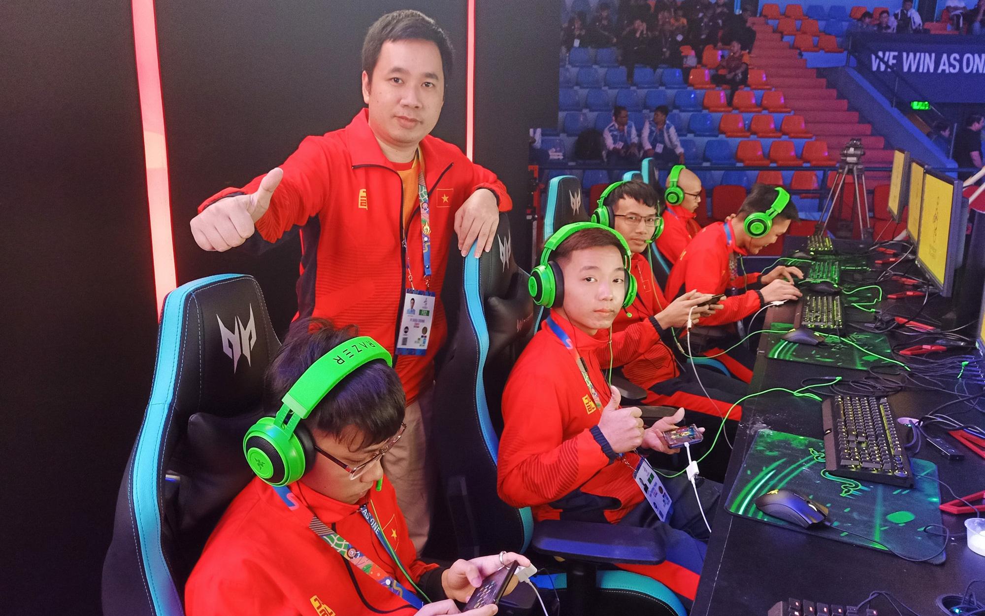 """Mobile Legends Việt Nam thất thủ trong trận ra quân, nghi bị BTC chơi xấu, """"bóp"""" đường truyền"""