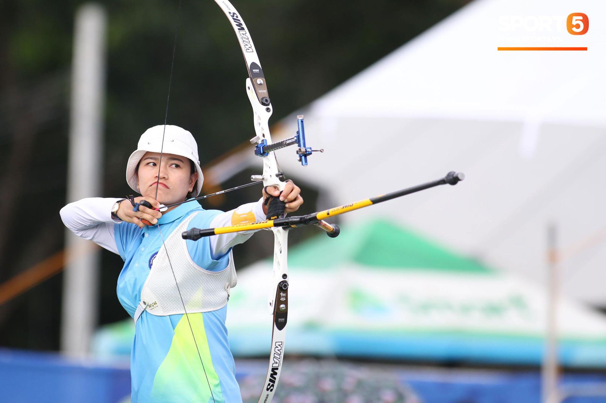 SEA Games ngày 8/12: Nữ hoàng điền kinh Tú Chinh vượt 2 VĐV nhập tịch trong tích tắc, xuất sắc giành HCV chung cuộc - Ảnh 47.