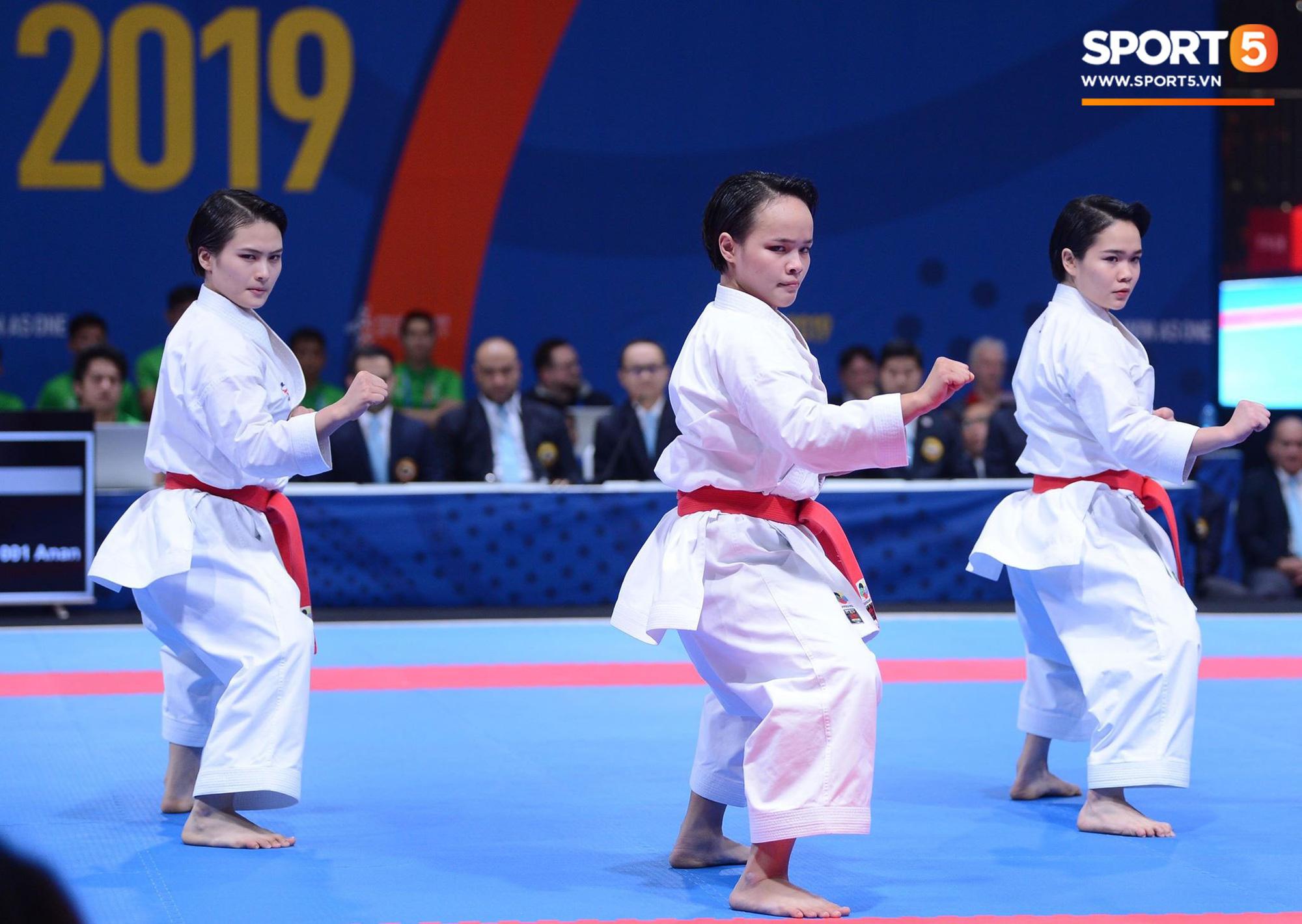 SEA Games ngày 8/12: Nữ hoàng điền kinh Tú Chinh vượt 2 VĐV nhập tịch trong tích tắc, xuất sắc giành HCV chung cuộc - Ảnh 68.