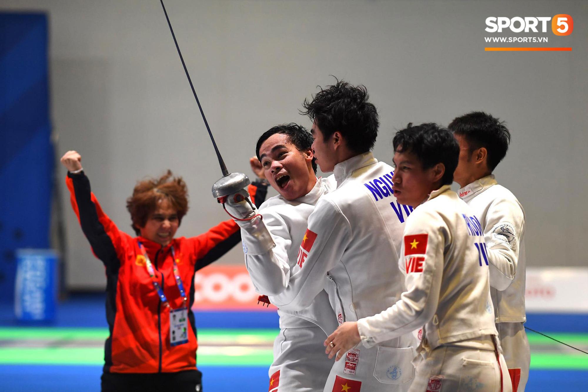 SEA Games ngày 8/12: Nữ hoàng điền kinh Tú Chinh vượt 2 VĐV nhập tịch trong tích tắc, xuất sắc giành HCV chung cuộc - Ảnh 50.