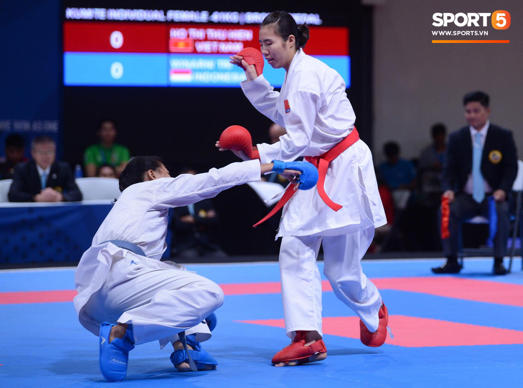 SEA Games ngày 8/12: Nữ hoàng điền kinh Tú Chinh vượt 2 VĐV nhập tịch trong tích tắc, xuất sắc giành HCV chung cuộc - Ảnh 54.