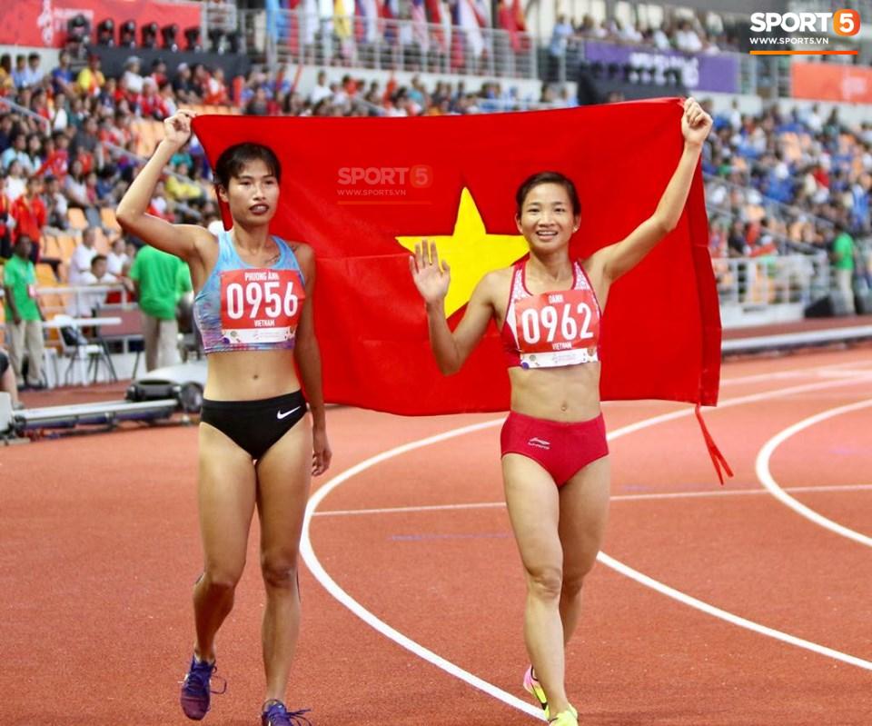 SEA Games ngày 8/12: Nữ hoàng điền kinh Tú Chinh vượt 2 VĐV nhập tịch trong tích tắc, xuất sắc giành HCV chung cuộc - Ảnh 32.