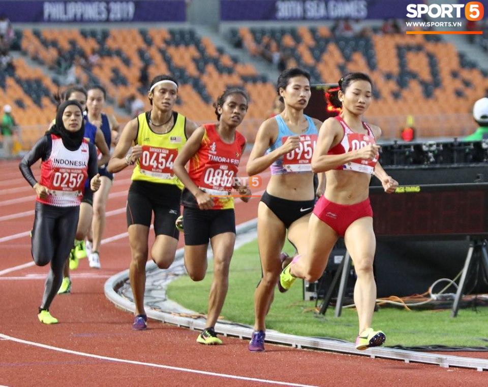 SEA Games ngày 8/12: Nữ hoàng điền kinh Tú Chinh vượt 2 VĐV nhập tịch trong tích tắc, xuất sắc giành HCV chung cuộc - Ảnh 33.