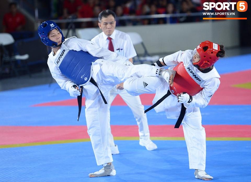 SEA Games ngày 8/12: Nữ hoàng điền kinh Tú Chinh vượt 2 VĐV nhập tịch trong tích tắc, xuất sắc giành HCV chung cuộc - Ảnh 18.