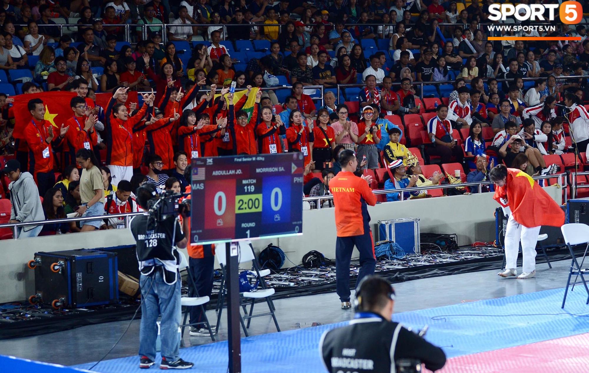 SEA Games ngày 8/12: Nữ hoàng điền kinh Tú Chinh vượt 2 VĐV nhập tịch trong tích tắc, xuất sắc giành HCV chung cuộc - Ảnh 19.