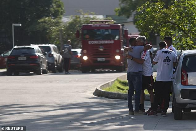Kinh hoàng: Hỏa hoạn lúc rạng sáng khiến 10 cầu thủ trẻ thiệt mạng ở Brazil - Ảnh 4.
