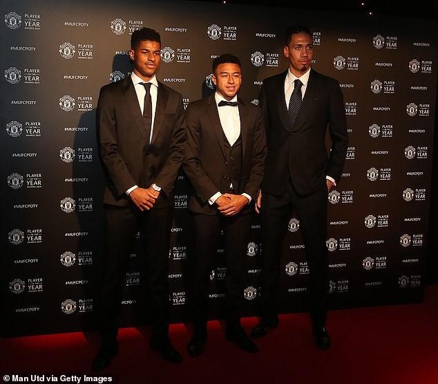 Dàn sao Manchester United lộng lẫy trên thảm đỏ trong ngày tổng kết mùa giải của câu lạc bộ - Ảnh 3.