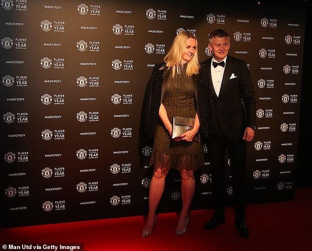 Dàn sao Manchester United lộng lẫy trên thảm đỏ trong ngày tổng kết mùa giải của câu lạc bộ - Ảnh 7.
