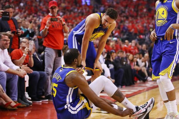 Chấn thương gót chân, mùa giải đã kết thúc với Durant? - Ảnh 2.