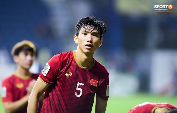 Đoàn Văn Hậu sang châu Âu gia nhập đội bóng Hà Lan, không sang Thái Lan cùng tuyển Việt Nam - Ảnh 1.