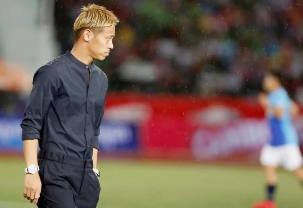 Xót xa nhìn huyền thoại bóng đá Nhật Bản xuống sắc trầm trọng sau vài tháng làm HLV đội tuyển Campuchia - Ảnh 5.