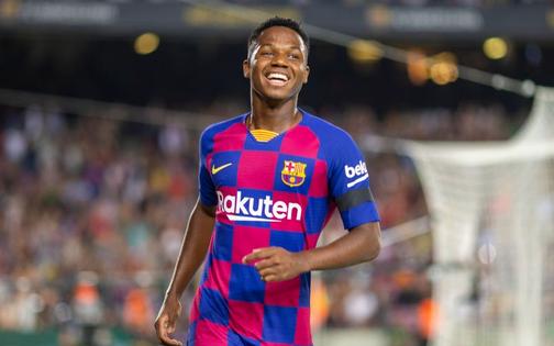 Thần đồng 16 tuổi của Barca tỏa sáng với cột mốc chưa từng xảy ra trong lịch sử La Liga, giúp đội nhà vùi dập Valencia