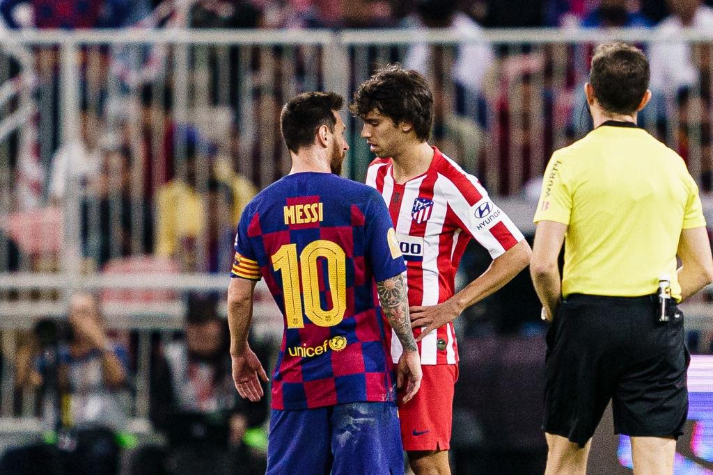 Bị truyền nhân của Ronaldo bật lại, Messi đáp trả bằng màn trình diễn như lên đồng nhưng sau cùng vẫn phải nhận cái kết đắng ngắt - Ảnh 2.