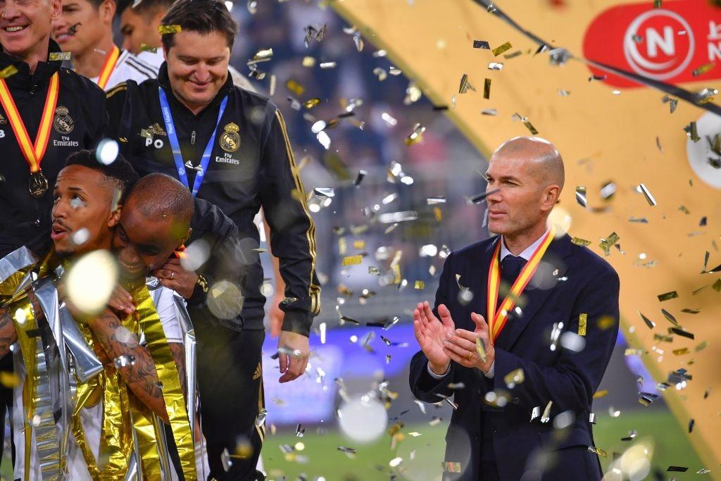 Thầy cũ của Ronaldo sắm vai Vua Midas, Real Madrid giành danh hiệu đầu tiên mùa này - Ảnh 9.