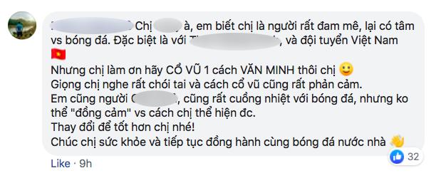 Nhiều người tràn vào Facebook cá nhân để sỉ nhục nữ CĐV cầm loa hát Bay lên trời là em bay ra ngoài: Fan bóng đá có văn hóa thì không làm thế - Ảnh 14.