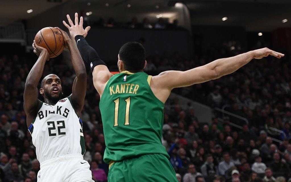 Milwaukee Bucks đánh bại Boston Celtics nhờ phong độ xuất sắc ngoài vạch 3 điểm