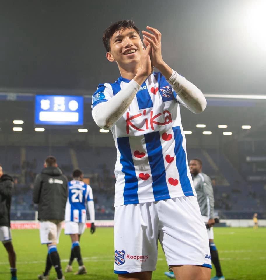 Văn Hậu dự bị, SC Heerenveen toang toàn tập ở vị trí hậu vệ trái và nhận trận thua chóng vánh trước Feyenoord - Ảnh 3.