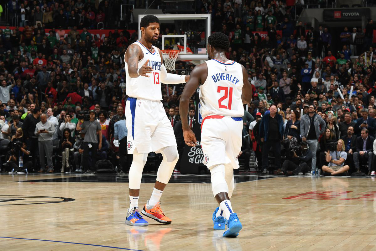 Los Angeles Clippers đại thắng Memphis Grizzlies trong ngày tái xuất của Paul George và Patrick Beverley - Ảnh 1.