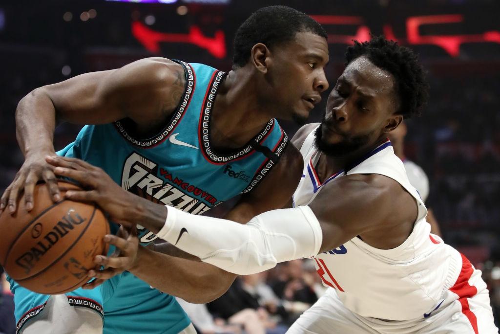 Los Angeles Clippers đại thắng Memphis Grizzlies trong ngày tái xuất của Paul George và Patrick Beverley - Ảnh 3.