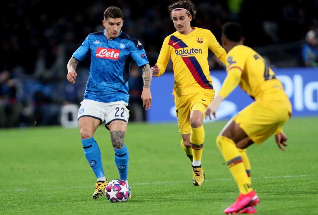Messi bị phong tỏa hoàn toàn, Barca phải nhờ tới trai đẹp người Pháp mới thoát toang tại giải đấu danh giá nhất châu Âu - Ảnh 6.