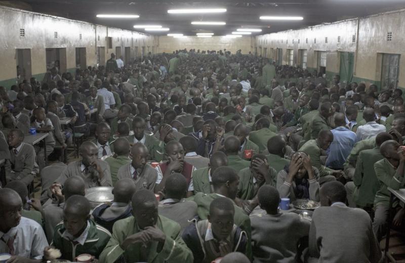 Ở Kenya, người ta đã biến những cậu bé nghèo khổ thành huyền thoại điền kinh như thế nào? - Ảnh 2.