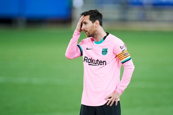 Thắng thuyết phục tại Champions League nhưng Barca và Messi lại ngã ngựa ở La Liga - Ảnh 8.