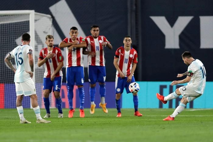 Messi ăn mừng hụt bàn thắng quyết định, Argentina chỉ giành kết quả gây thất vọng - Ảnh 5.