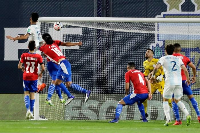 Messi ăn mừng hụt bàn thắng quyết định, Argentina chỉ giành kết quả gây thất vọng - Ảnh 8.