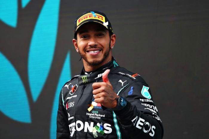 Lewis Hamilton rơi nước mắt trong ngày cân bằng kỷ lục 7 lần vô địch F1 thế giới của huyền thoại Michael Schumacher - Ảnh 7.