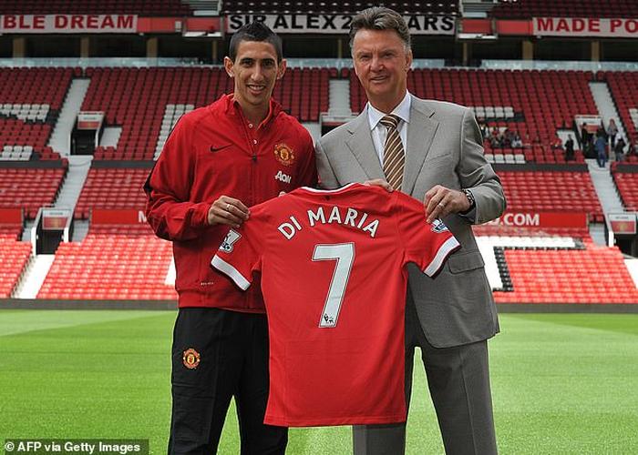 Manchester United đã đốt tiền thế nào thời hậu Sir Alex Ferguson? - Ảnh 2.