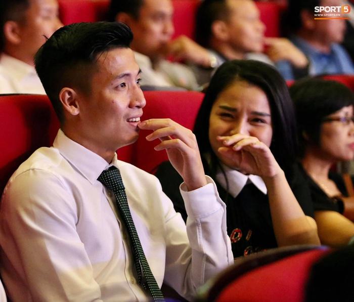 Quang Hải nhận giải bàn thắng đẹp nhất, Công Phượng được vinh danh nhưng vắng mặt tại V.League Awards 2020 - Ảnh 9.