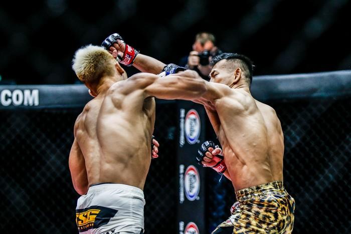 Bại tướng của nhà vô địch Thành Lê tái xuất ấn tượng, đả bại đối thủ bằng đòn knock-out đẹp mắt - Ảnh 5.