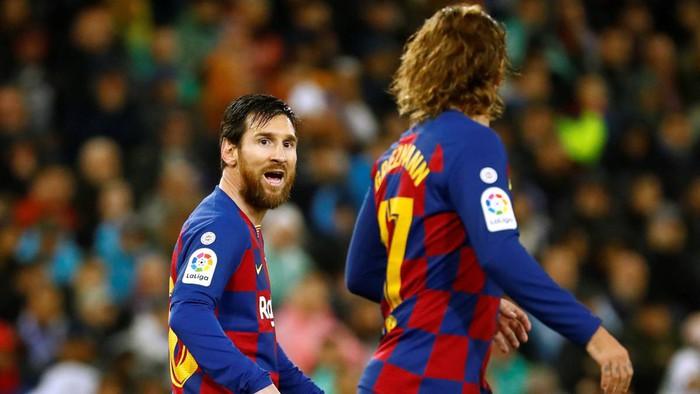 """Griezmann bị CĐV Barca chặn xe và yêu cầu """"tôn trọng"""" Messi - Ảnh 2."""