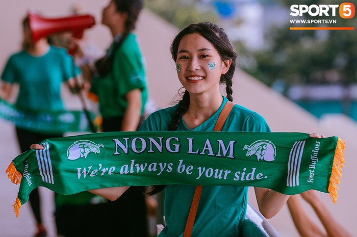 Góp mặt tại bán kết SV-League 2020, ĐH Nông Lâm tiếp tục nhận thưởng nóng sau khi hạ gục đội bóng bầu Hải - Ảnh 5.
