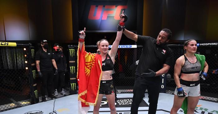 Kết quả UFC 255: Shevchenko tiếp tục chiến thắng, Figueiredo bảo vệ đai thành công - Ảnh 2.