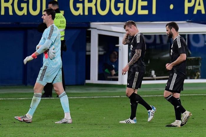 Trình diễn bộ mặt bạc nhược, Real Madrid may mắn thoát thua - Ảnh 1.
