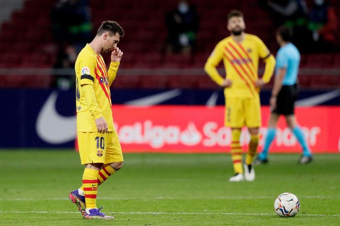 Lionel Messi, tấm bùa hộ mệnh vô dụng của Barca - Ảnh 3.