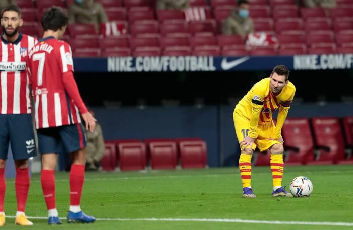 Lionel Messi, tấm bùa hộ mệnh vô dụng của Barca - Ảnh 1.