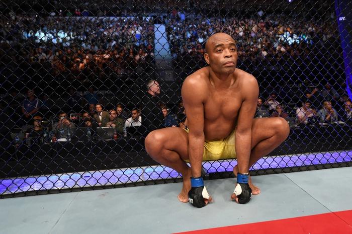 """Rời UFC, Anderson Silva tuyên bố vẫn sẽ tiếp tục thi đấu, thừa nhận đã bị """"ép giải nghệ"""" - Ảnh 1."""